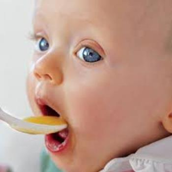 تغذیه شیرخوار در نه ماهگی