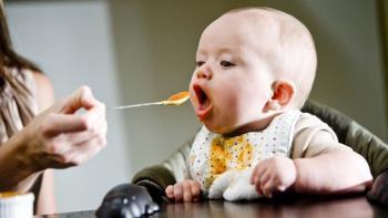 غذاهای مناسب کودکان هفت تا نه ماه -  قسمت اول