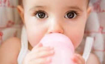 مصرف مایعات در شیرخواران