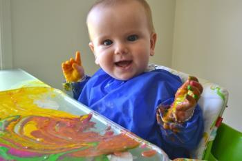 بازی با کودک 7 ماهه