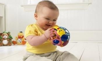 اسباب بازیهایی برای کودکان 12 تا 18 ماه