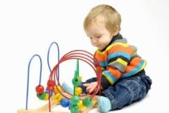 بازی با کودک در چهار تا شش ماهگی