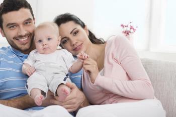 وابستگی نوزاد به والدین