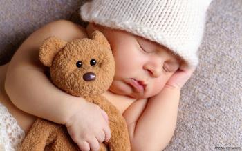 چسبیدن نوزاد به وسایلش