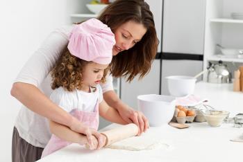 شاد جلوه دادن زمان غذا خوردن برای کودکان