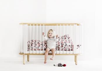تهیه ی اولین تختخواب برای کودک