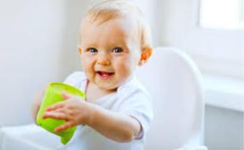 رفتارهای کودک نوپا 6 ماه تا 2 سال