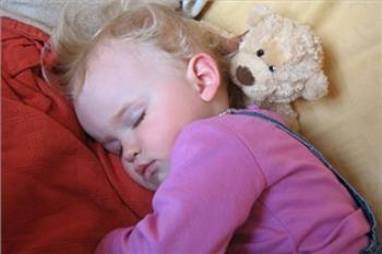 نظم و قابل پیش بینی بودن کودک دو ساله