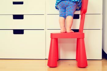 برقراری ایمنی برای کودکان نوپا در خانه
