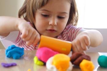 اسباب بازی هایی برای کودکان 3.5 تا 5 ساله