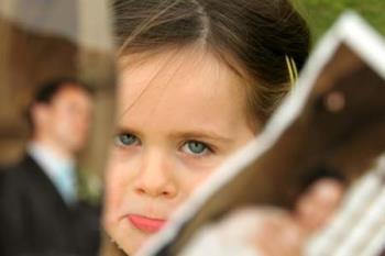 چگونه کودکان را در مورد جدایی پدر و مادر مطلع سازیم ؟