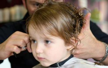 ترس کودک از کوتاه کردن موهایش