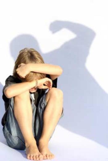 تنبیه بدنی و عاطفی کودک
