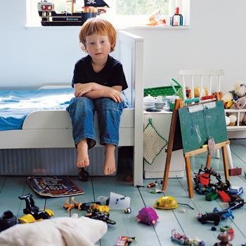 پرسش های کودکانه – چرا باید اتاقم را تمیز کنم؟