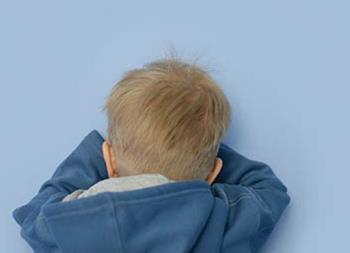 آزار دیدن یا زودرنج بودن کودکان