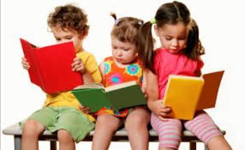 بهترین زمان آشنایی کودک با کتاب و مطالعه