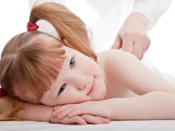 ماساژ کودکانی که نیاز به مراقبت های ویژه دارند