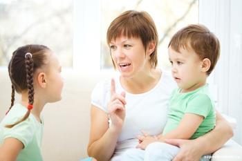 روش درست خارج کردن کودک از میان جمع - بخش اول
