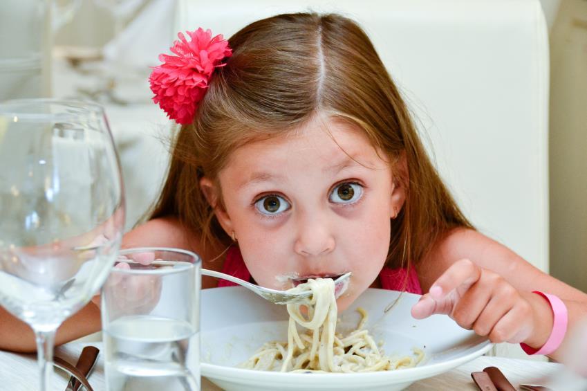 لزوم خوردن 5 وعده غذایی در کودکان 3 تا 6 سال