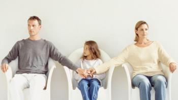 کمک کردن به فرزندان برای کنار آمدن با طلاق والدین
