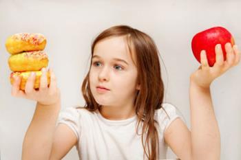 اهمیت دادن دختر نوجوان به وزن خود