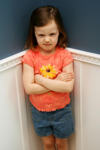 رفتار اعتراض آمیز کودک مضطرب