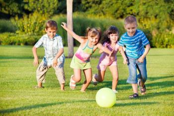علاقه ی کودکان به برنده شدن در بازی