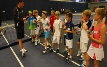 تقویت روحیه ورزشکاری در کودکان