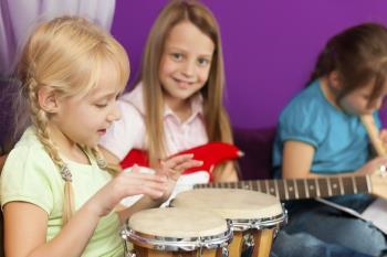 خصوصیات دوران 6 تا 6.5 سالگی کودک