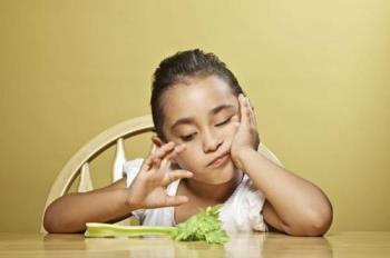 چگونه هنگام صرف غذا به کودک (( نه )) بگویید !