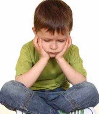چرا می گویند کودک عقده ای میشود؟