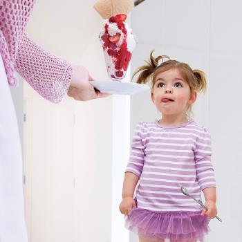پاداش و انتقاد ابزار موثر برای اعمال کودکان