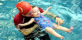 نکاتی در مورد شنای کودکان