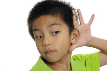 حساسیت شنیداری در کودکان و تمرین هایی برای تقویت آن