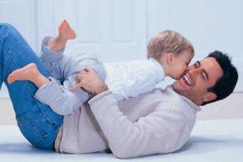 نقش پدر در تربیت کودک نوپا