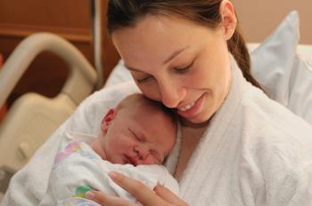 مراقبت از مادر پس از زایمان