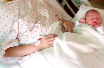 مراقبت مادر بعد از زایمان طبیعی