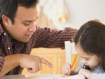 نسبت به کارهای کودکتان صبور باشید
