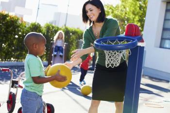مراقبت بیشتر از کودکان در دوران پیش از نوجوانی