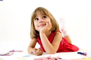 اگر کودکان با امنیت زندگی کنند می آموزند به خود و اطرافیانشان ایمان داشته باشند