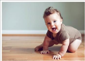 راهنمایی عاطفه همراه با رشد فرزند – 6 تا 8 ماهگی