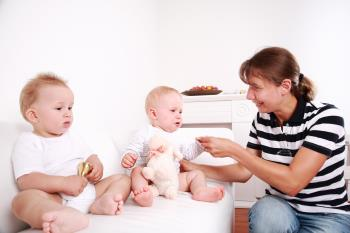 داشتن فرزندان دوقلو و نظم بخشیدن به خانه