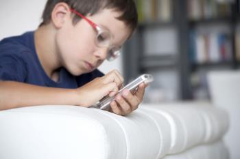 پرسش های کودکانه – میشه برام موبایل بخرید؟