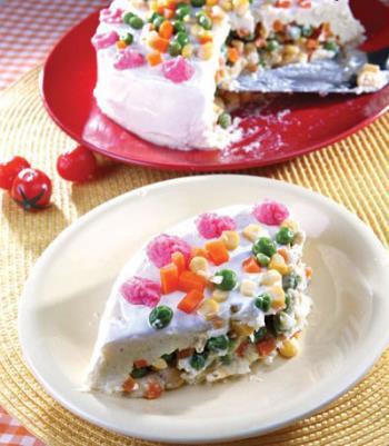 طرز تهیه کیک سیب زمینی و سبزیجات
